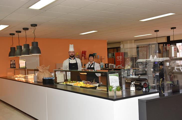 caffeteria chef